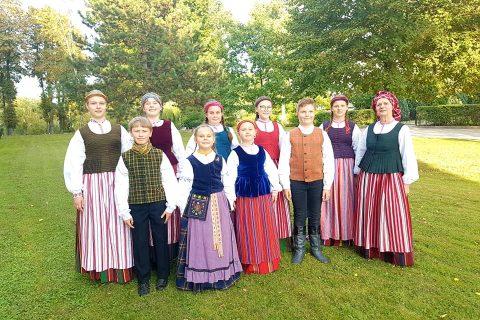 "Jaunimo folkloro ansamblis ,,KITEP"""